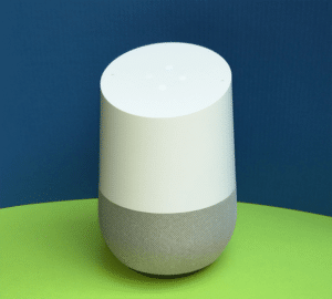 Google home, enceinte connectée avec l'intelligence artificielle
